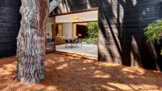 Sebastian Mariscal postavil v Los Angeles nenápadný Venice House
