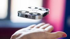 AirSelfie je první kapesní dron pro pořizování selfie