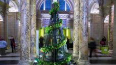 StudioXAG navrhlo viktoriánský vánoční strom pro V&A