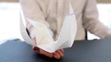 AeroMorph se po nafouknutí složí do navrženého tvaru jako origami