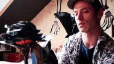 Ivan Jurečka vyrábí ze starých vinylů sochy i portréty