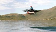 Kitty Hawk Flyer je funkční vznášedlo pro létání nad vodou