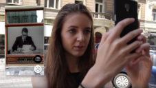 Aplikace Kniha 21 umožňuje objevovat grafická díla po Praze