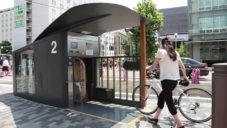 Japonsko spustilo automatický parkovací systém na kola