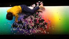 Francouz vyrábí velká barevná puzzle se 100 až 5 000 dílky
