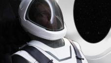 SpaceX ukázalo skafandr pro lety v raketách Crew Dragon