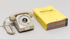 The Internet Phone je starý telefon říkající informace o webech