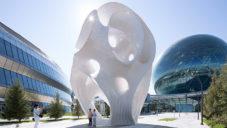 Marc Fornes vytvořil organický pavilon skládaný jako 3D puzzle