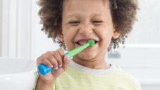 Benjamin Brush je zubní kartáček měřící čištění hraním hudby