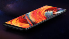 Xiaomi má téměř bezráměčkový mobil Mi Mix 2 od Philippe Starcka