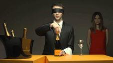 Veuve Clicquot ukazuje jak se správně otevírá a servíruje šampaňské