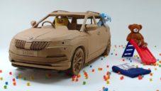 Škoda si nechala postavit papírový Karoq pro děti podle jejich představ