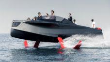 Foiler je létající motorový člun s designem pro agenta 007