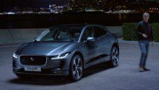 Elektricky poháněný Jaguar I-Pace se tiše proháněl na okruhu v Monaku