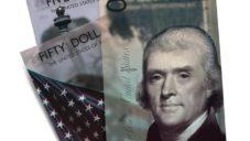 Andrey Avgust navrhl novou podobu amerických dolarových bankovek