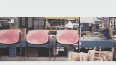 Španělská značka Ondarreta ukazuje jak vyrábí nadčasové stoly a židle