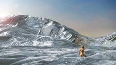 Na festivalu Burning Man má vyrůst instalace obří deky z přikrývek NASA