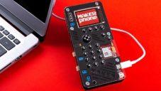 Mobilní telefon MakerPhone si sestavíte a naprogramujete sami doma