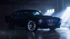 Britská značka Charge začala vyrábět Mustang z 60. let v čistě elektrické verzi