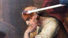 Julian Baumgartner natočil náročný proces restaurování starých obrazů