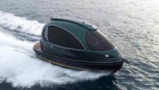 Royal Jet Capsule je na míru vyrobený motorový člun s barem a 9 sedadly