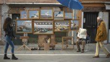 Banksy vystavoval na ulici v Benátkách velkou olejomalbu výletní lodi