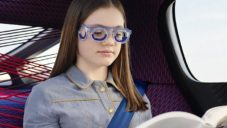 Citröen přichází s druhou verzí brýlí proti nevolnosti v autě Seetröen