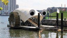 Mr. Trash Wheel je plovoucí stroj čistící moře od lidského odpadu