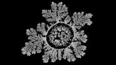 Číňan sedm měsíců natáčel úchvatné obrazce krystalizujících solí