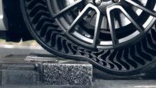 Michelin představil bezvzduchové pneumatiky brzké budoucnosti Uptis