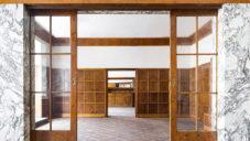 Natáčí se celovečerní film Pohodlné století o interiérech Adolfa Loose v Plzni