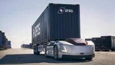 Volvo ukázalo autonomní elektrický tahač Vera v ostrém provozu