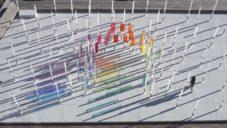 Newyorské nábřeží zdobí interaktivní světelná a hudební instalace The Nautilus