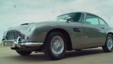 Originální filmový Aston Martin DB5 James Bond jde do aukce