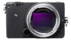 Sigma FP je nejmenší a nejlehčí fullframe fotoaparát na světě
