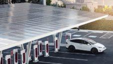Tesla otevřela v Las Vegas solární nabíjecí stanici V3 Supercharger