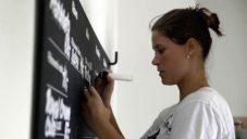 Grafička a typografka Petra Dočkalová se snaží kultivovat písma v českých ulicích