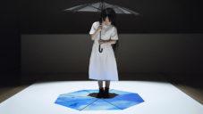 Nendo vytvořilo instalaci s deštníky zobrazujícími nebe pod nohama