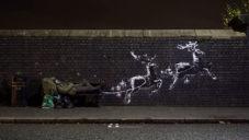 Banksy nasprejoval v Birminghamu sváteční motiv s varovným poselstvím