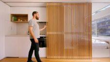 Apartmán Boneca má plochu jen 24 metrů a spaní za posuvnou stěnou