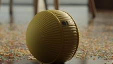 Samsung ukázal chytrou robotickou kouli Ballie ovládající domácnost