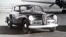 Italská automobilka Alfa Romeo slaví 110 let a připomíná nej modely