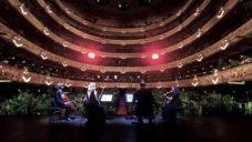 Operní dům v Barceloně se znovu otevřel koncertem pro 2 292 květin