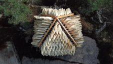 Shiver House je malá finská chatka s fasádou pohybující se ve větru