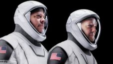 SpaceX vyvinulo vlastní lehčí a modernější oblek pro cesty do vesmíru