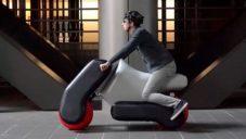 Japonci navrhli modulární nafukovací motorku přizpůsobitelnou velikosti jezdce