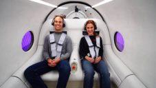 Hyperloop byl poprvé otestován s běžnými pasažéry v kapsli od BIG