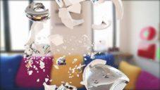 Stefan Sagmeister natočil reklamu s rozbitými hrnečky navrženými pro značku Illy