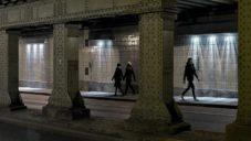 Nizozemec osvětlil podchod pod mostem instalací spouštěnou chodci