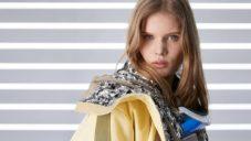 Fornasetti se spojuje s Louis Vuitton a uvádí ženskou kolekci plnou soch